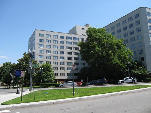 Charmant Potomac Plaza From Virginia Avenue